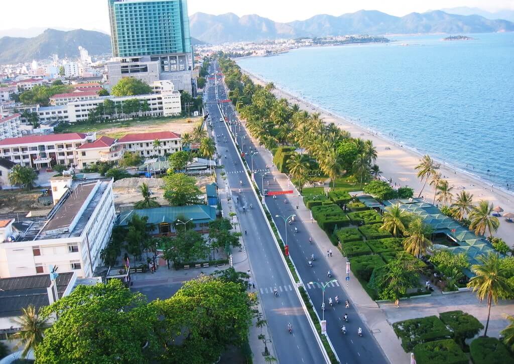 Trục đường Trần phú Thành phố biển Nha Trang