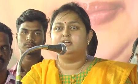 Uppu Mappu | Vindhya funny speech about Vijayakanth