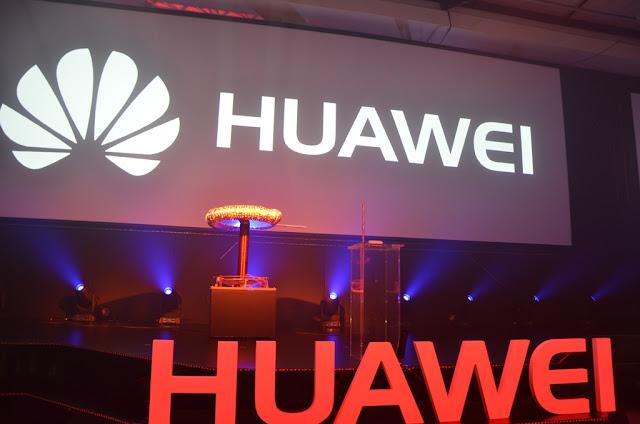 Huawei Logo #thelifesway #photoyatra
