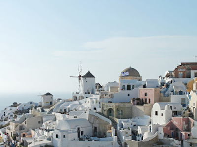 whitewashed view of Greek beach town