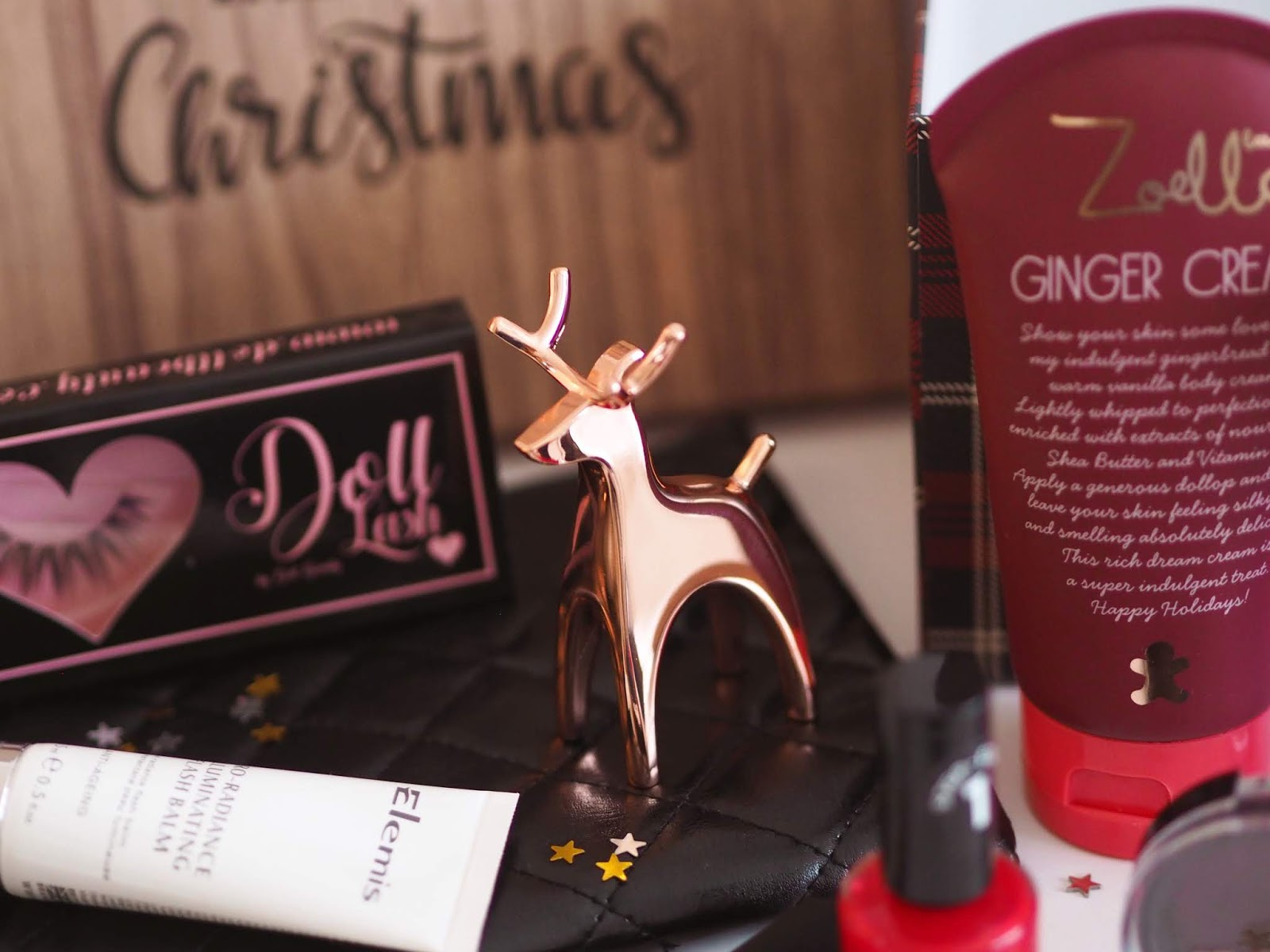 Giveaway: My Christmas Gift To You!, UK Blogger, Christmas Giveaway, Christmas Competition, Beauty Giveaway, Freebie Friday, RT to Win, Win It Wednesday, Competition, Festive Giveaway, Blogger Giveaway