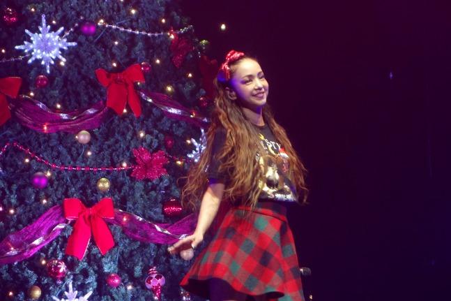 クリスマスシーンの安室奈美恵さん