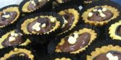 Cara Membuat Kue Pie Coklat Kacang Enak dan Menarik