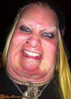 gambar foto wanita cewe perempuan paling gila paling unik paling aneh paling lucu dan paling gokil di dunia-18