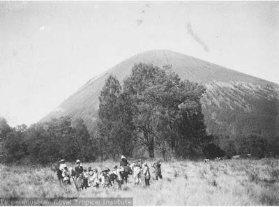 gunung semeru dari kalimati zaman dulu