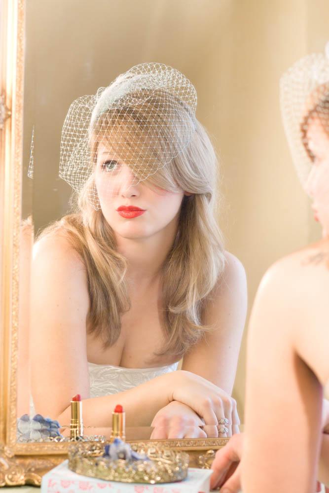 Deeds & Petunia: How to wear your birdcage veil  Deeds & Petunia...