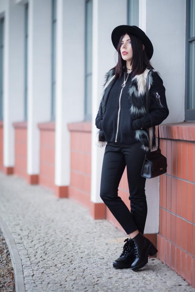 bomber jacket w stylizacji boho | bomberka w stylu boho | bomberka i kapelusz | jak nosić kurtkę bomberkę? | stylizacja z kurtką bomber i kapeluszem | styl boho blog | stylizacja boho | stylizacja z kapeluszem | blog o modzie | blog modowy | blog szafiarski