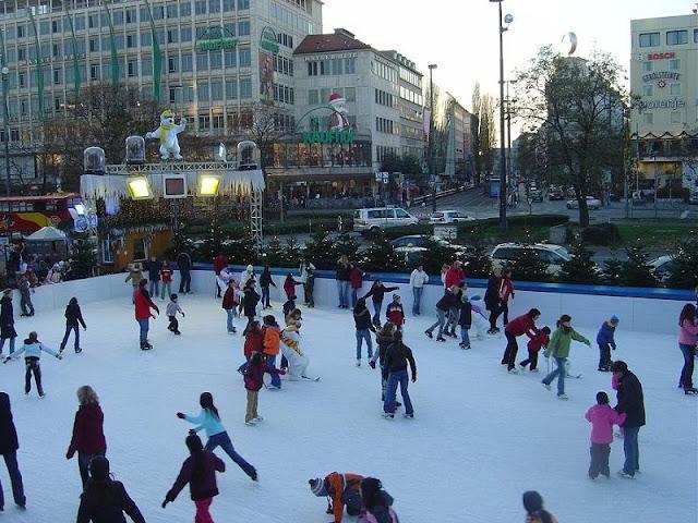 Pista de patinação no gelo em Munique