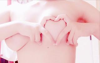 おっぱいハート Oppai Heart Photos