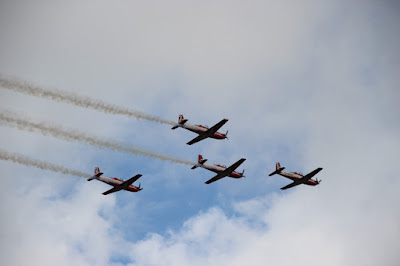 Air Show dari Jupiter Aerobatic Team di HBD2017