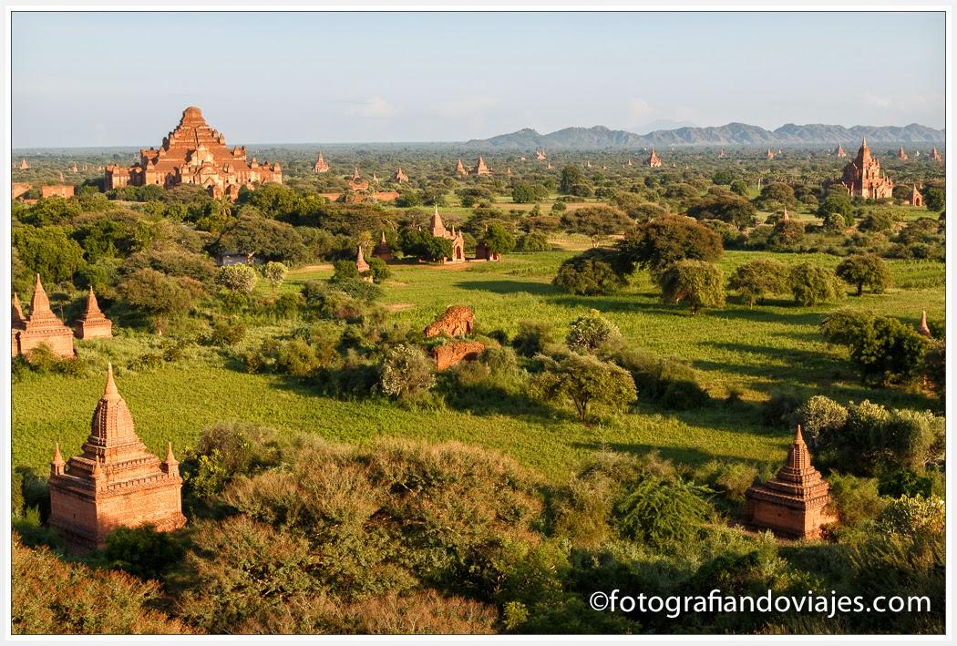 Vista desde Shwesandaw Paya en Bagan Myanmar