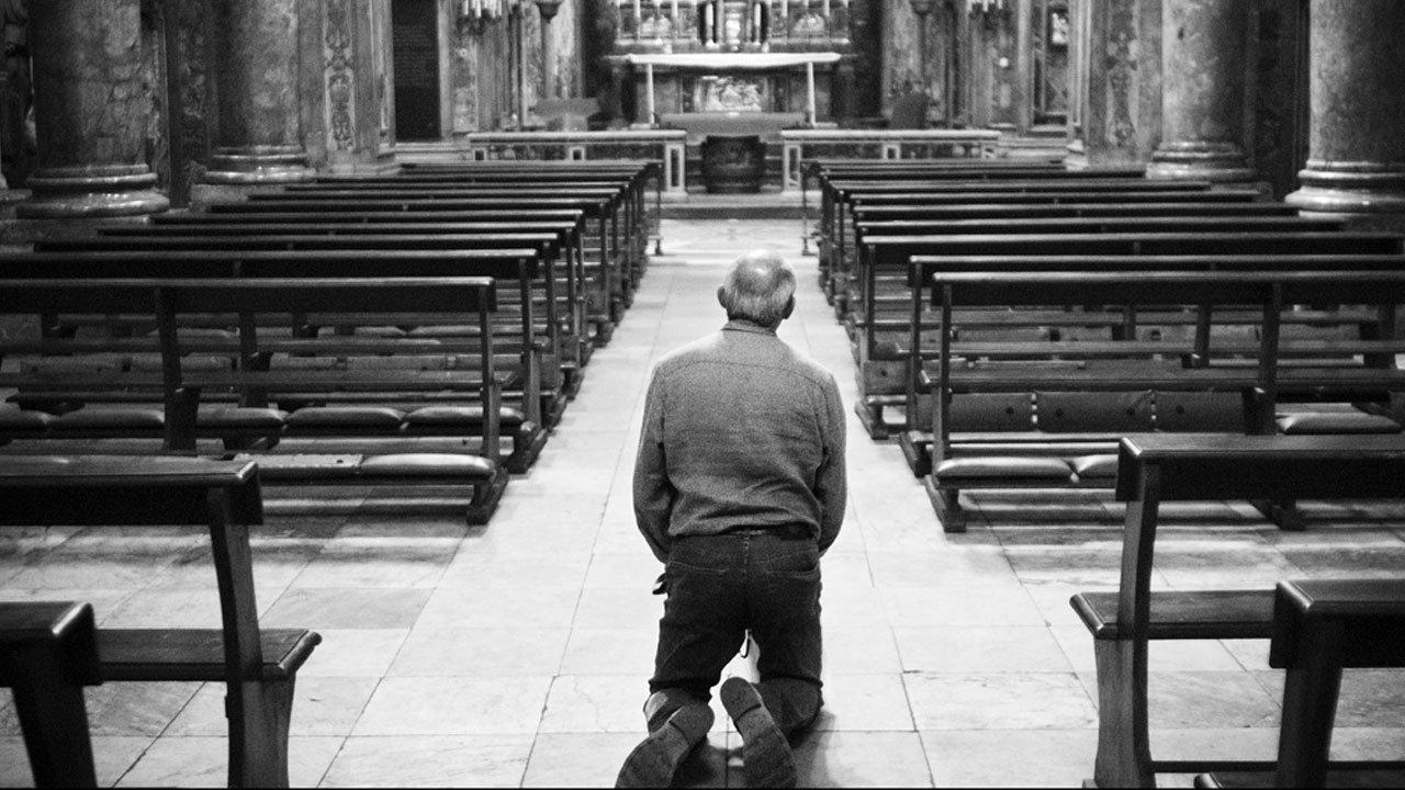 Resultado de imagem para joelhos igreja catolica