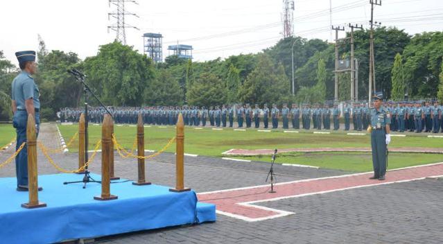 Prajurit dan PNS TNI Harus  Pandai Memilih dan Memilah Informasi