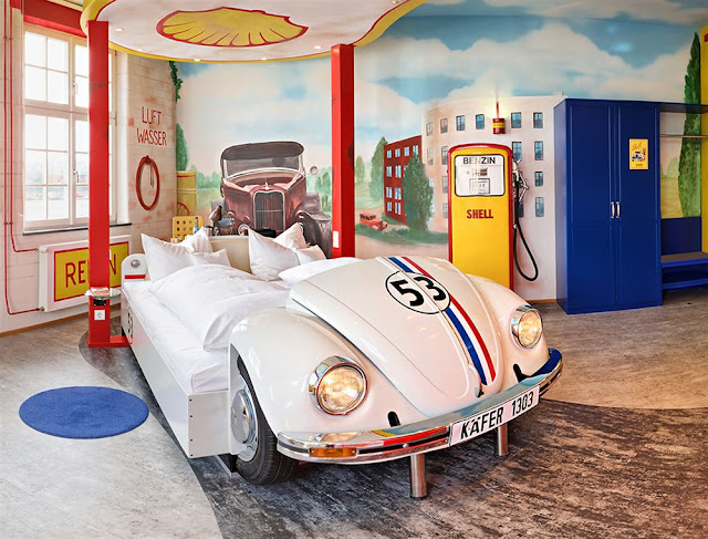 Vintage Car Theme Room