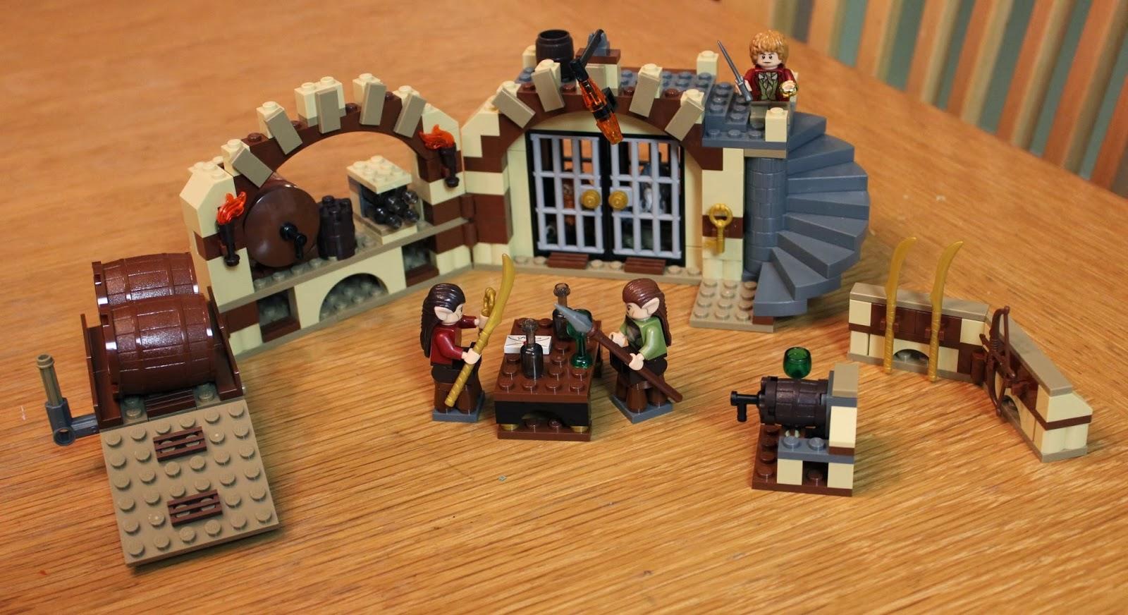 Sons of Twilight: Lego Hobbit: Barrel Escape