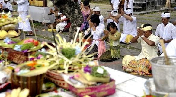 Farida Farah Proses Dan Jalur Masuknya Agama Hindu Budha Dan
