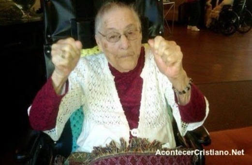 Anciana dice secreto para vivir más años