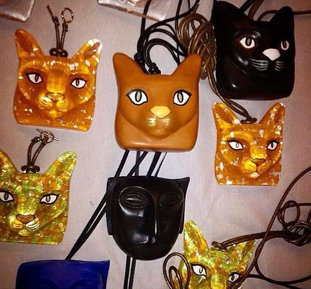 loewe cat necklaces