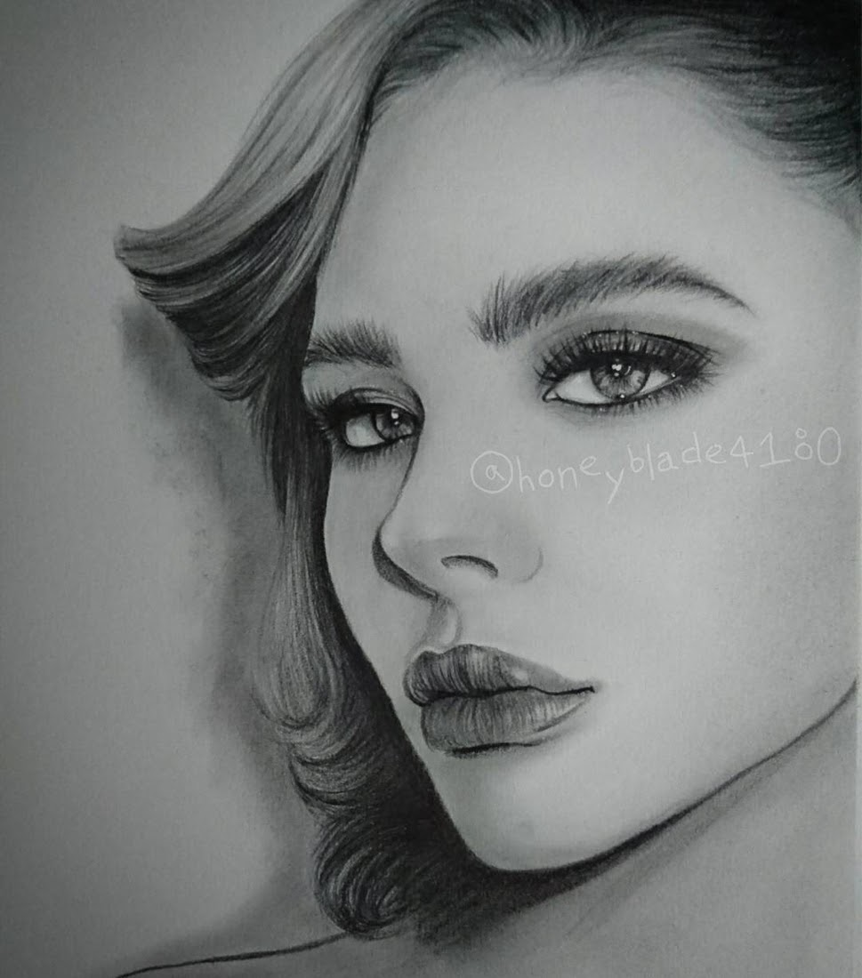 04-Chloë-Grace-Moretz-YU Pencil-Portrait-Drawings-of-Celebrities-and-Non-www-designstack-co