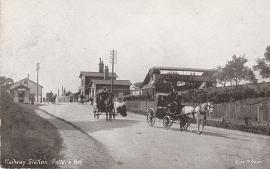 Postcard of Potters Bar Railway Station, 1900's Peter Miller Collection