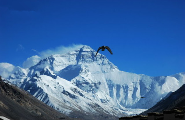it's so beautiful landscape on Mt Everest base camp.
