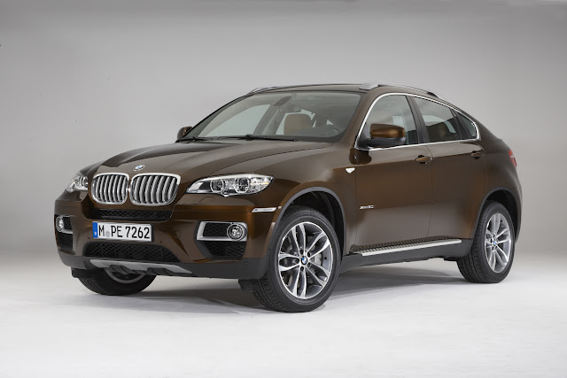2013 BMW X6 facelift original press photo