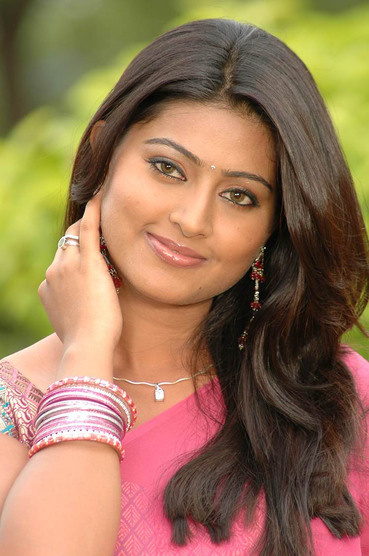 sneha actress trisha wallpapers prasanna 1080p reddy latest senha reddys kollywood bollywood saree fire