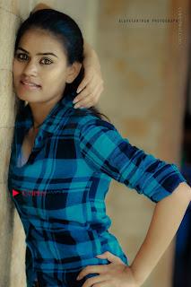 Kundratthiley Kumaranukku Kondattam Tamil Movie Actress Riyamikka Picture Shoot Images