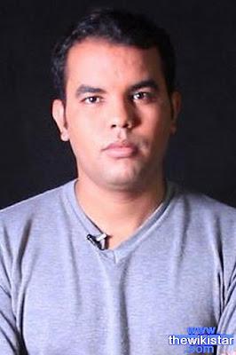 مراد بوريكي (Mourad Bouriki)، مغني مغربي، ولد في 28 أكتوبر 1986.