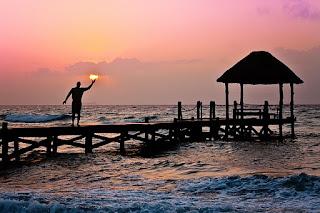 praia e o belo amanhecer