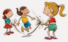 Pular corda com as crianças nas férias