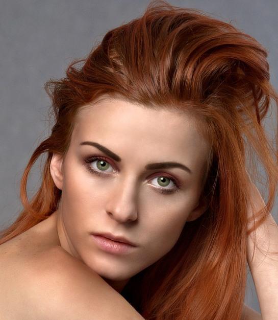 redhead-with-perfect-skin.jpeg