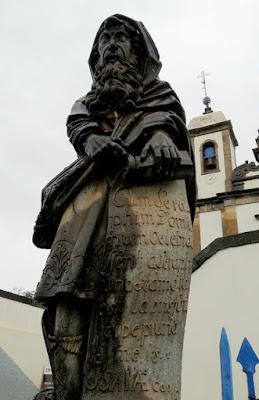 Escultura do Profeta Isaías em Pedra Sabão