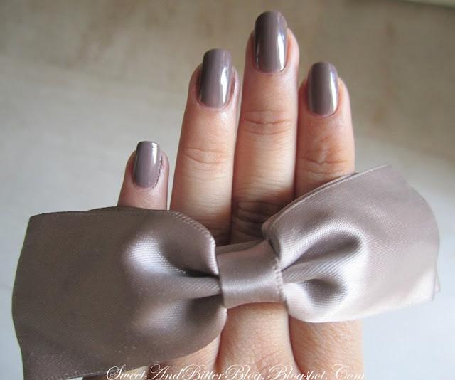 Deborah Milano Shine Tech 57 Nailpolish Taupe Grey Nail Polish India