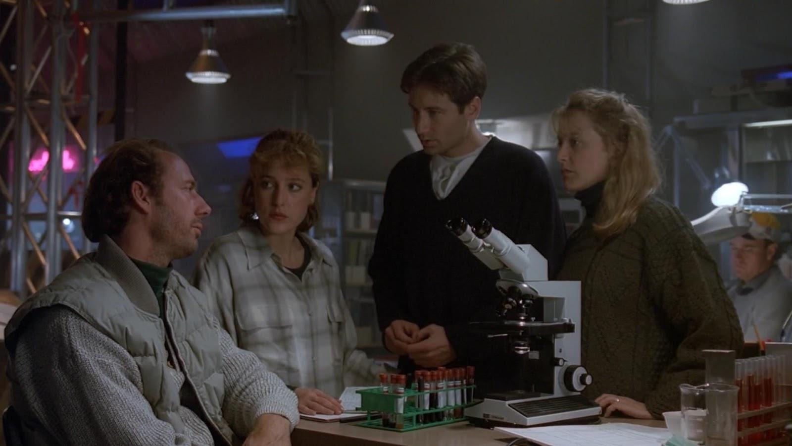 "The X-Files : Season 1, Episode 8: ""Ice"""