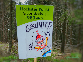 Schild Großer Beerberg Rennsteiglauf Supermarathon