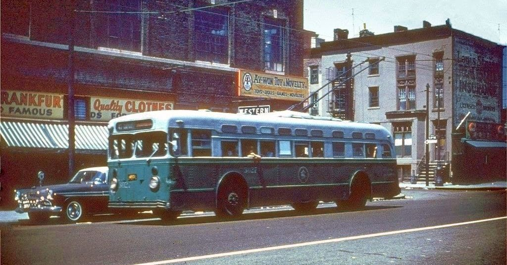 GM Vintage Fleet Bus 9098 - New York Transit Museum |Photos Old City Buses 1950