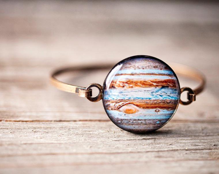 Joyería Espacio - Cuando los planetas y las galaxias se convierten en hermosas joyas
