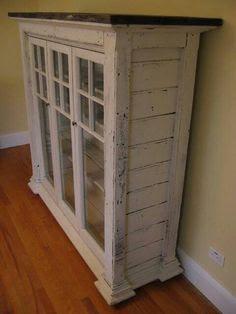 ตกแต่งบ้านด้วยหน้าต่างเก่า