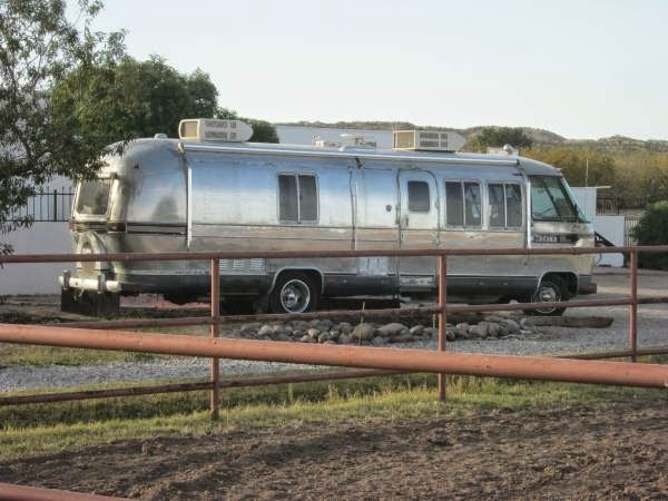 used rvs airstream 300 rare motorhome for sale for sale by owner. Black Bedroom Furniture Sets. Home Design Ideas