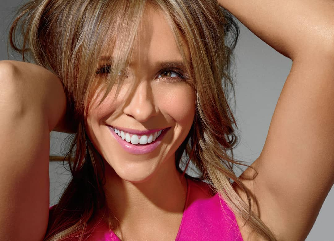 Jennifer Love Hewitt Exclusive Hot Stills