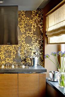 Color Pattern for a Glass Kitchen Backsplash