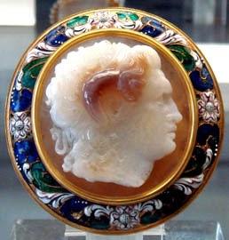Camafeo de Alejandro Magno representado como Zeus-Amón