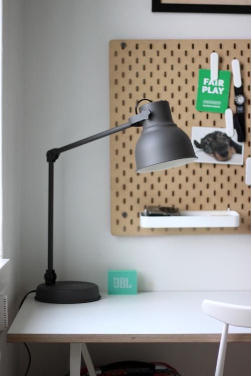 ikea hekter valaisin työpöytä