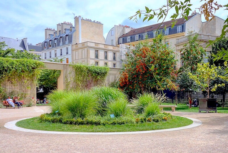 Paris le jardin anne frank lot de verdure m connu for Au jardin paris
