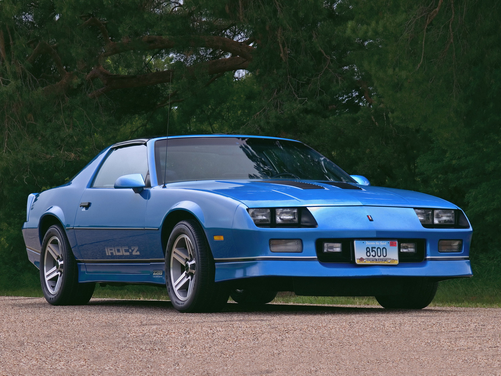1985 Chevrolet Camaro Iroc Z Watch Car Online