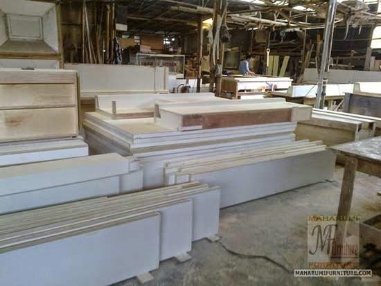 Projects Hotel Pop Tebet: Suasana Saat Proses Produksi di Workshop Interior Furniture MaharumiFurnitureCom