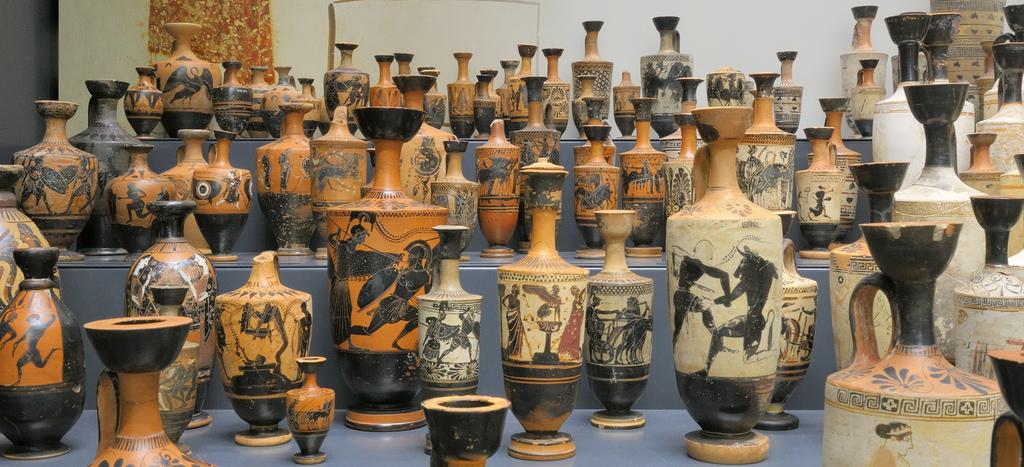 Falando de Artes: Vasos de cerâmica - Arte Grega -6ºANO
