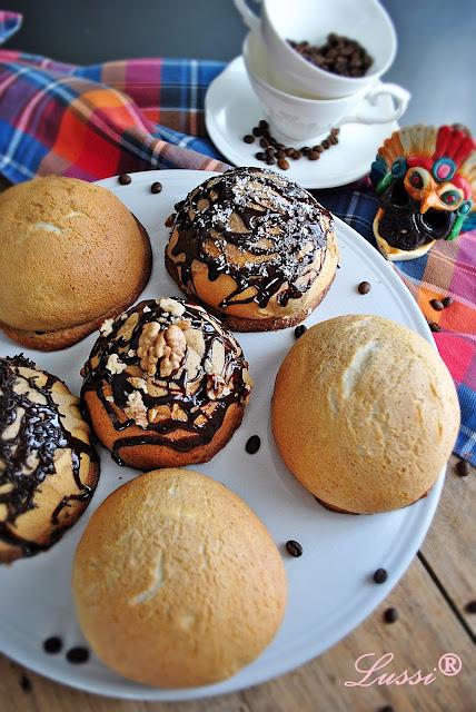 Мексикански кифлички със запечен крем / Mexican Coffee Buns / Rotiboy / Roti Buns