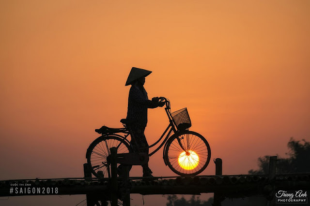 Beautiful moments of sunrise and sunset throughout Vietnam 5